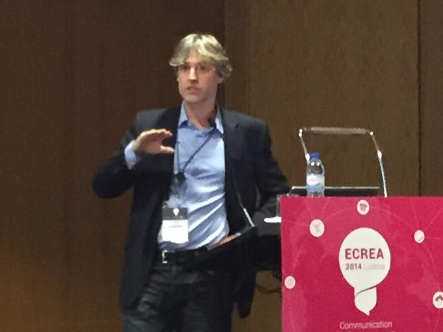 """Marcel Broersma with  """"Getting personal - tabloid journalism and celebraties' self-presentation on Twitter"""""""