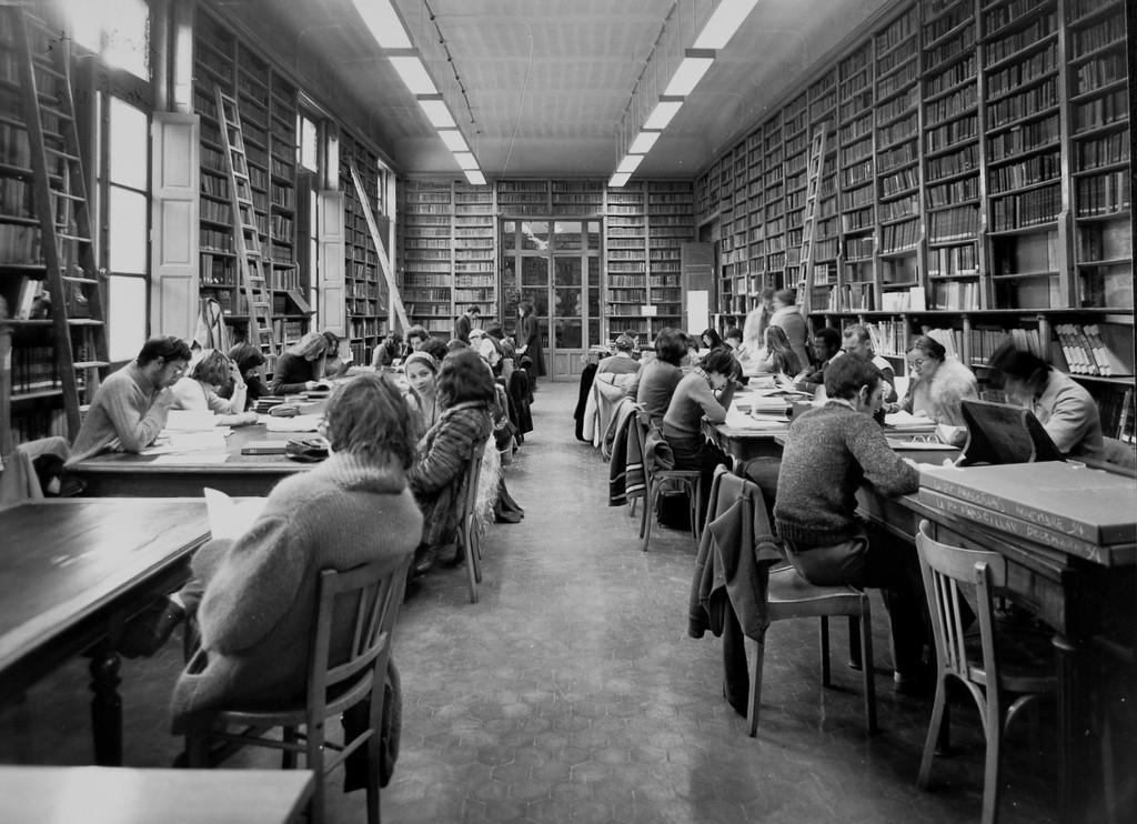 kirjasto