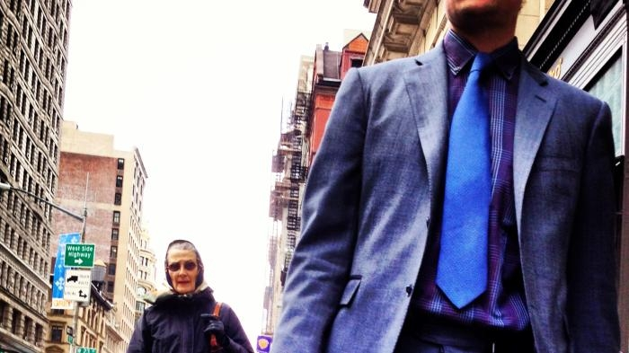 Picture: Businessman on Broadway by Boss Tweed, licence CC BY 2.0, cropped
