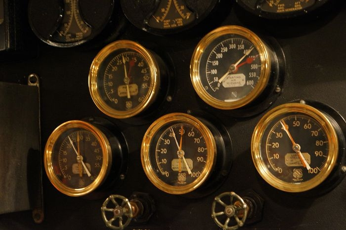 Gauges by Jeanne, licence CC BY 2.0