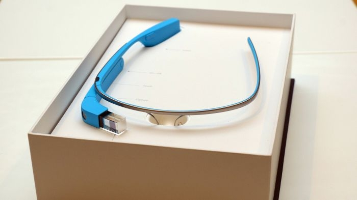 Google Glass V2 OOB Experience 36755 by Ted Eytan, licence CC BY-SA 2.0