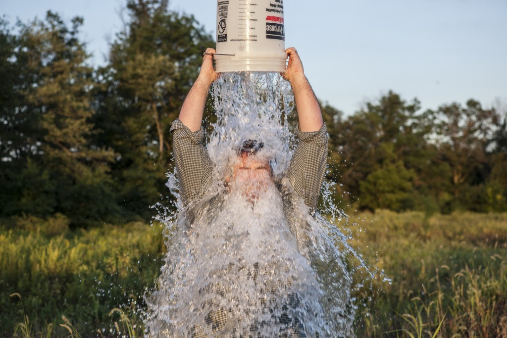 Mission Accomplished - ALS Ice Bucket Challenge by Anthony Quintano, licence: CC BY 2.0