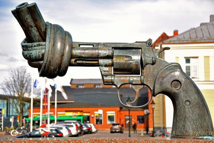 Picture: Non violence by Maria Eklind, license CC BY-SA 2.0