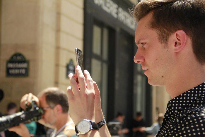 Smartphones at Fashion Week by Melissa BARRA, licence: CC BY-SA 2.0