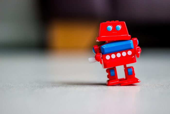 Toy Robot by Chris Cox, licence: CC BY 2.0