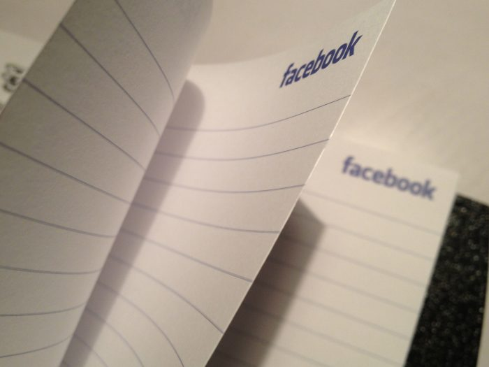 Facebook by Sarah Marshall, licence: CC BY 2.0