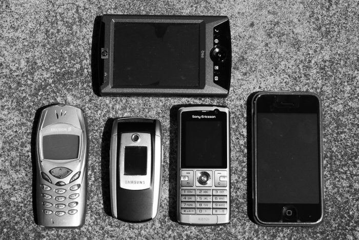 Mobile Device Evolution by Adam Selwood, licence: CC BY 2.0