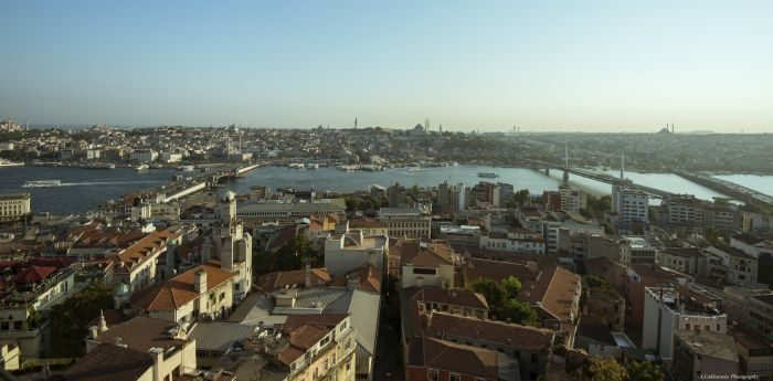 Istanbul skyline, by Alexander Cahlenstein, license CC BY 2.0