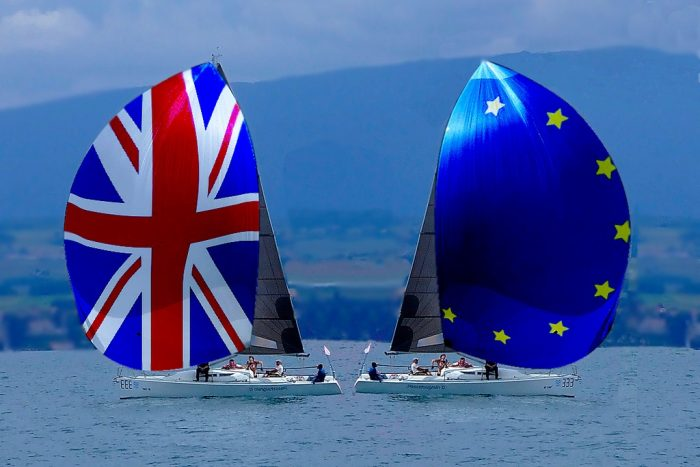 Brexit sailing apart - bon voyage by muffinn, licence: CC BY 2.0