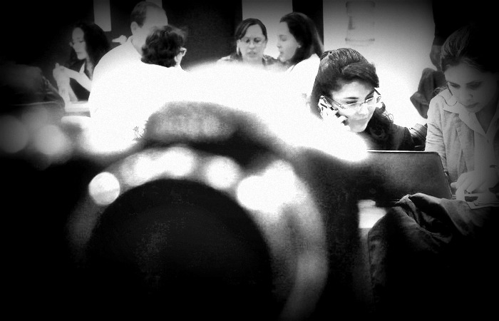 Picture: Periodistas by Esther Vargas, license CC BY-SA 2.0