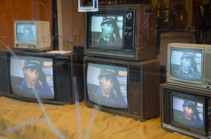 Redchurch Street Televisions by Kevin Christopher Burke, licence CC BY-NC 2.0