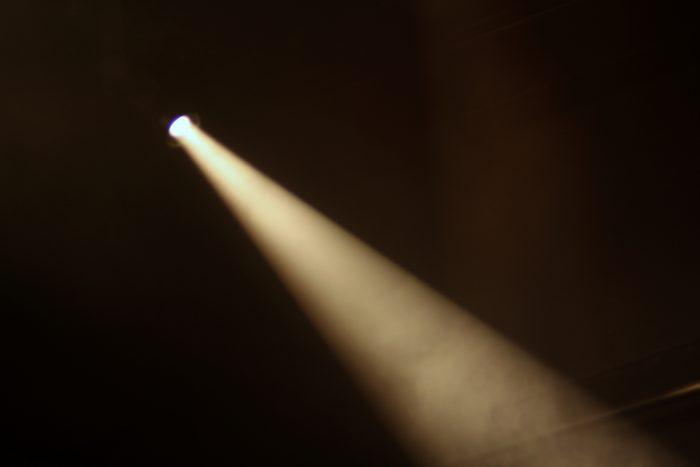 Spotlight by Blondinrikard Fröberg, licence CC BY 2.0