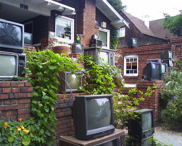 House of televisions by Peter Merholz, licence: CC BY-SA 2.0