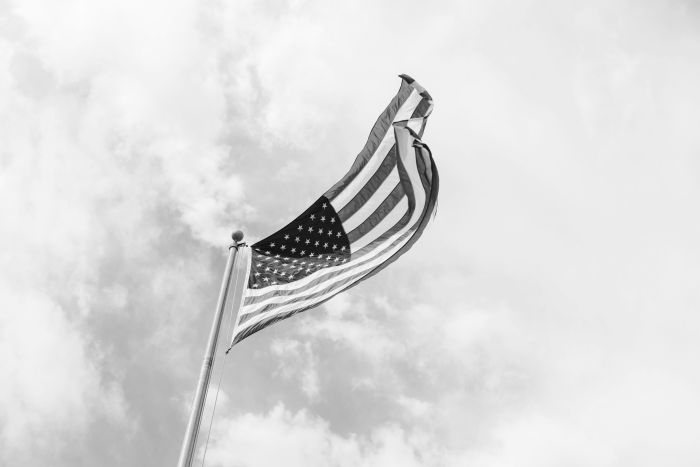 Picture: Patriotic American Flag by Brandon Day, license CC0 1.0, cropped, colored