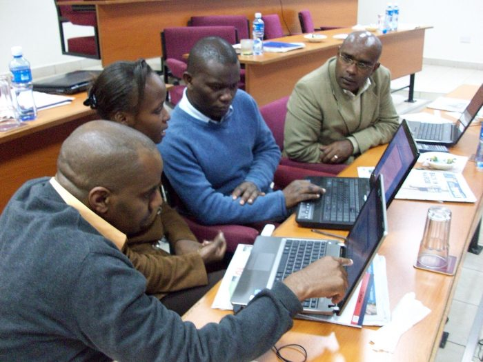 Economic journalism training Nairobi by David Brewer, licence: CC BY-SA 2.o
