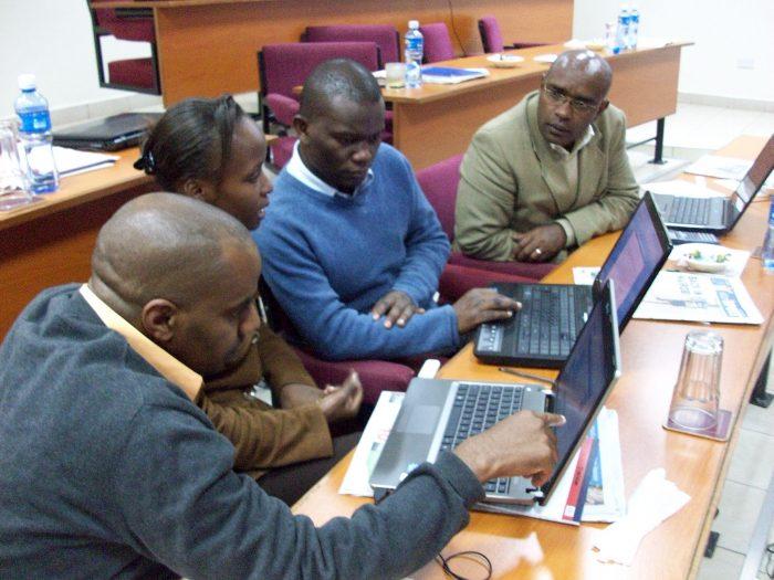 Economic journalism training Nairobi byDavid Brewer, licence: CC BY-SA 2.o