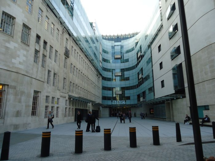 Picture: BBC Radio by shipwrecklog.com, license CC BY-ND 2.0