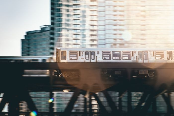 Picture: Chicago elevated train by Sawyer Bengtson, license CC0 1.0