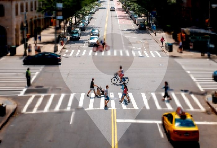 Picture: New York Crossing by Morgan Jones, license CC0 1.0, edited, icon by Rohith M S, license CC BY