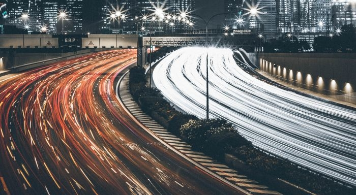Picture: Cityscape and traffic light trails by Thaddaeus Lim, license CC0 1.0