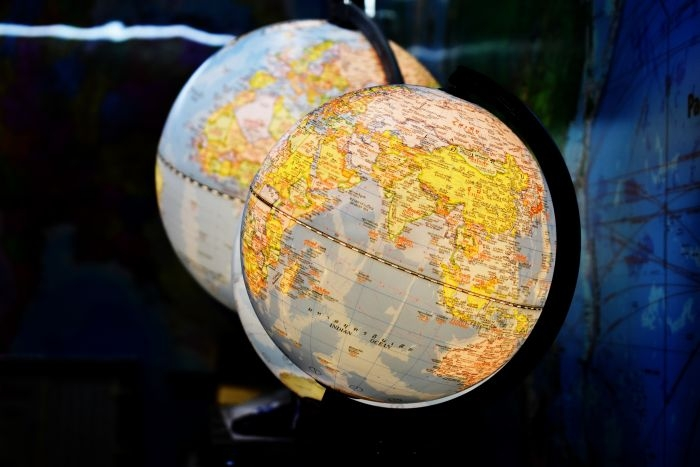 Picture: Globe map by Duangphorn Wiriya, license CC0 1.0