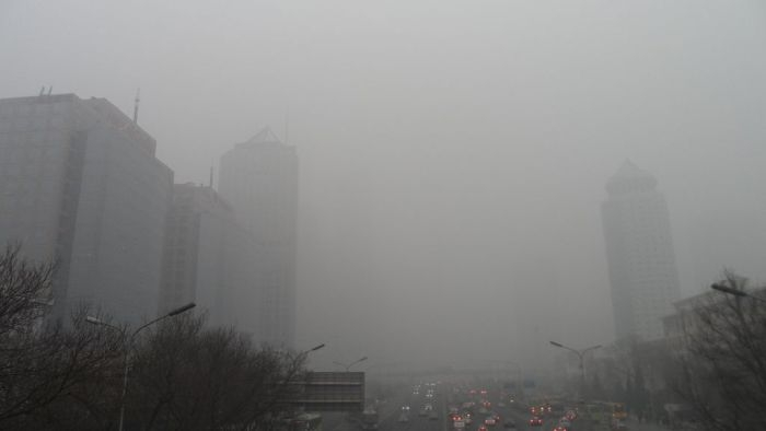 Picture: Smog in Beijing by 螺, license CC BY-SA 3.0